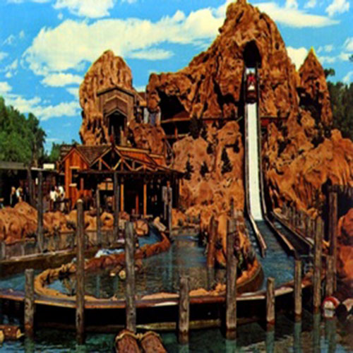 Calico log water ride at Knotts Berry Farm