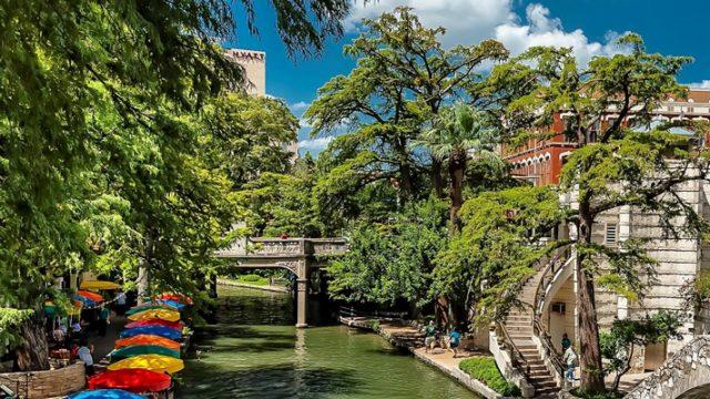 San Antonio Field Trips to the Riverwalk